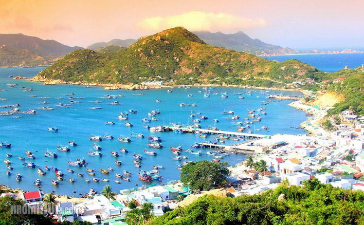 Vé máy bay khuyến mãi đi Nha Trang khám phá đảo Bình Ba