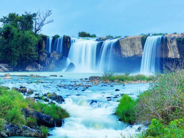 Vé máy bay đi Pleiku giá rẻ chỉ từ 99.000 đồng/vé sẽ là hành trình vô cùng thú vị và hấp dẫn tới miền đất Tây Nguyên với nhiều thắng cảnh đẹp nhất của Việt Nam.