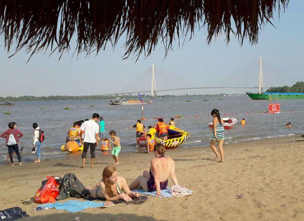 Bãi biển Cần Thơ