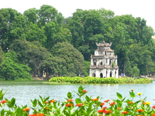 Vé máy bay Sài Gòn đi Hà Nội Jetstar Pacific giá rẻ chỉ từ 490.000 đồng