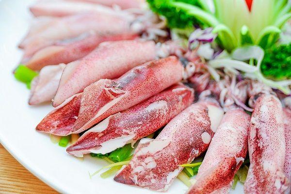 Các loại hải sản và thịt tươi sống