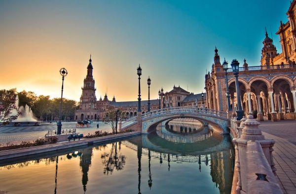 Vé máy bay đi Tây Ban Nha giá rẻ chỉ từ 324 USD/chiều